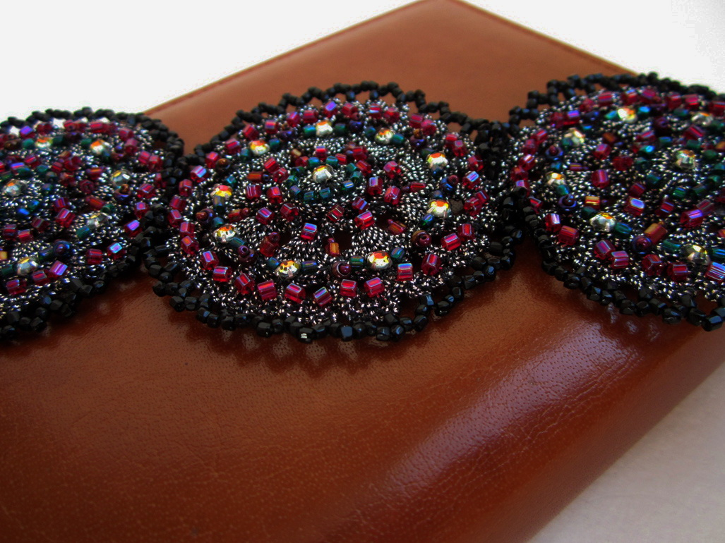 Embroidered Bracelet-Cuff_1