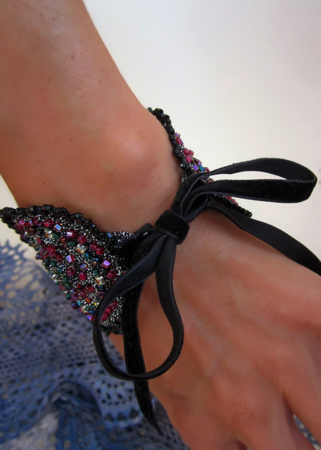 Embroidered Bracelet-Cuff_9